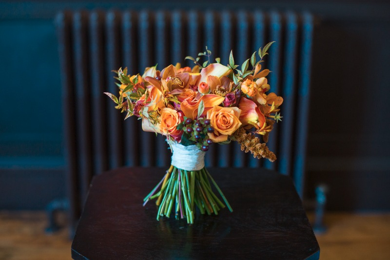 Wonderful Winter colors for this bridal bouquet