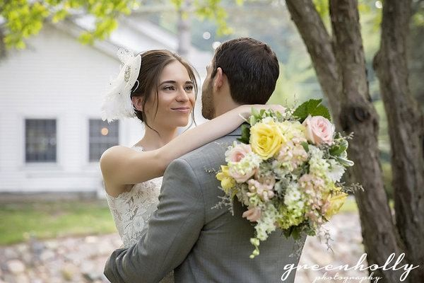 Profile Image from Green Holly Weddings