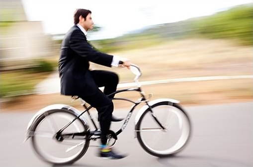 groom on bike