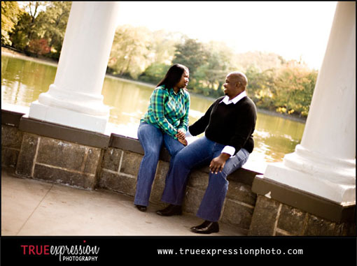 engagement photos in piedmont park