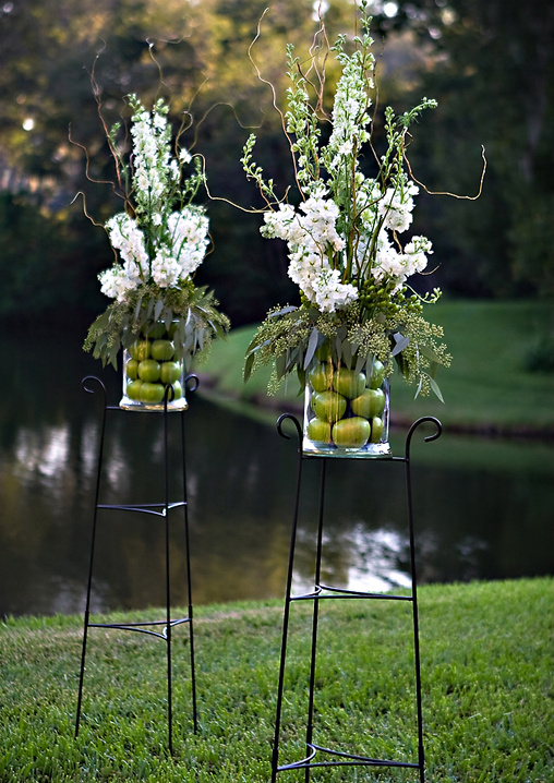 apple wedding decor