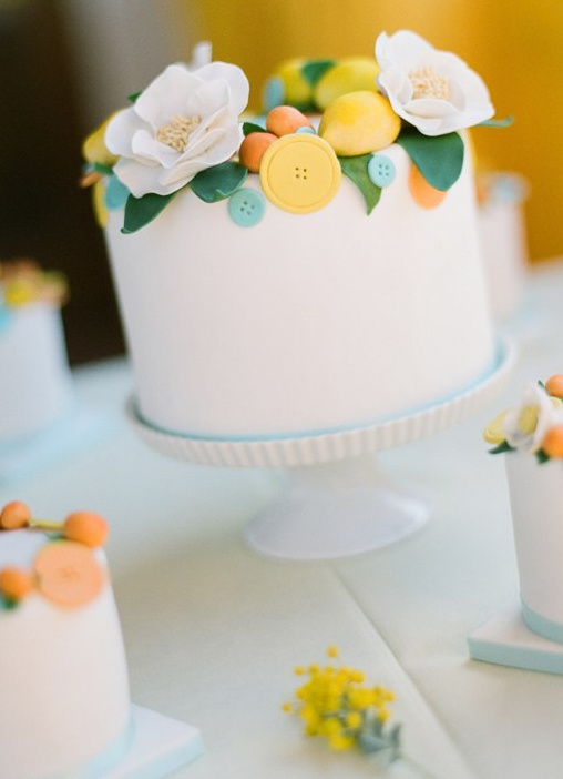 cute little wedding cakes