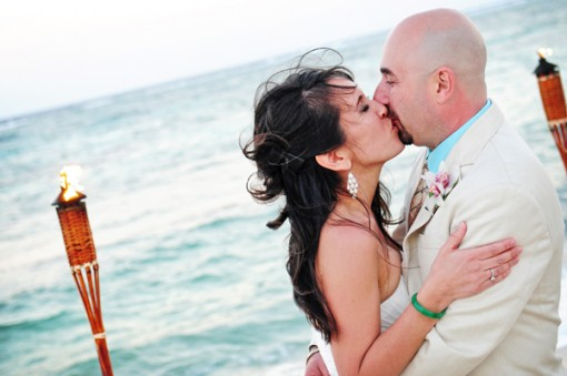 Cayman Islands Real Wedding ::  Rachel and Boris