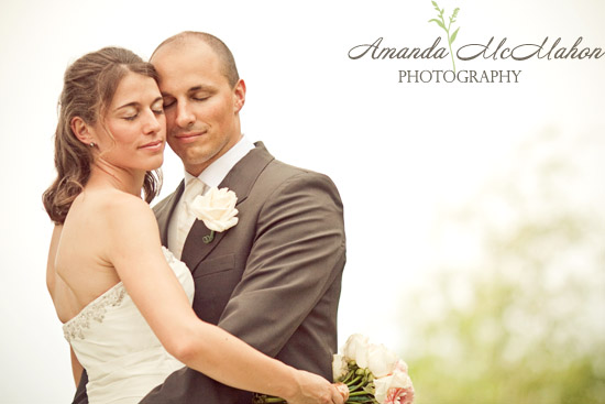 Orlando Photographer::: Peek at April 25th's wedding...come rain or shine!
