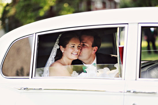 Ohio Wedding With A Oscar de la Renta Wedding Dress