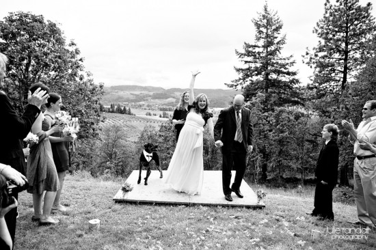 Relaxed and Casual Hood River Wedding
