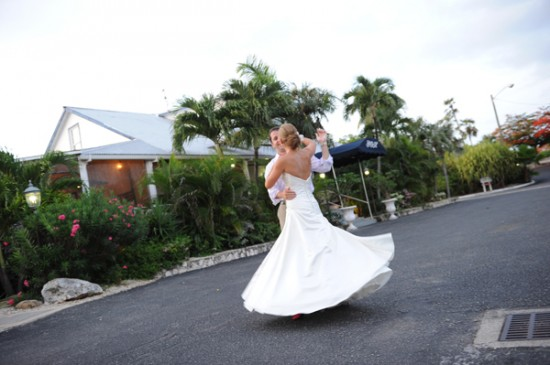 Cayman Islands Real Wedding ::  Rhian and Matt
