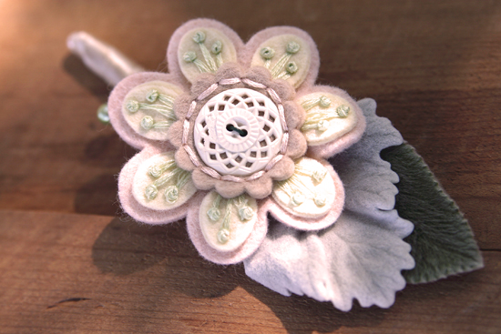 Vintage Button Bouquet Details