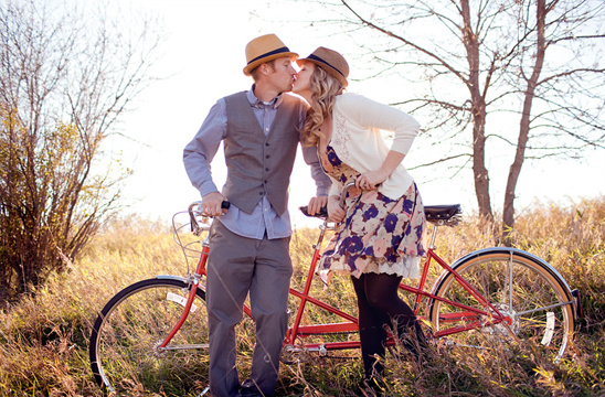 Fall Tandem Bike Engagement Session