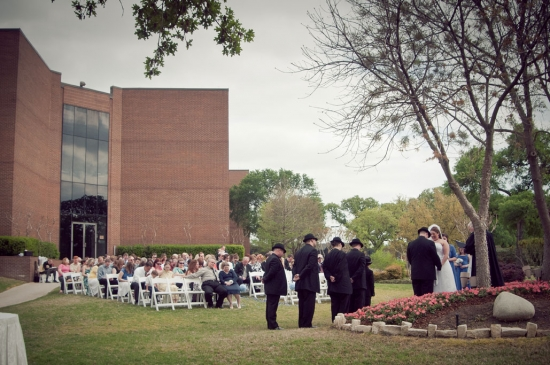 outdoor wedding ceremony at dfw hilton in texas