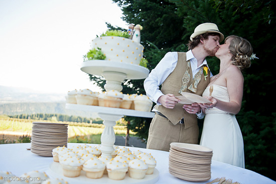 Tons of DIY in this Oregon vineyard wedding.