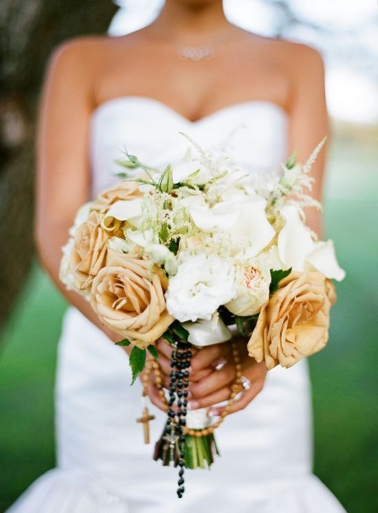 Bridal Bouquet With Color : Cream and white bridal bouquet