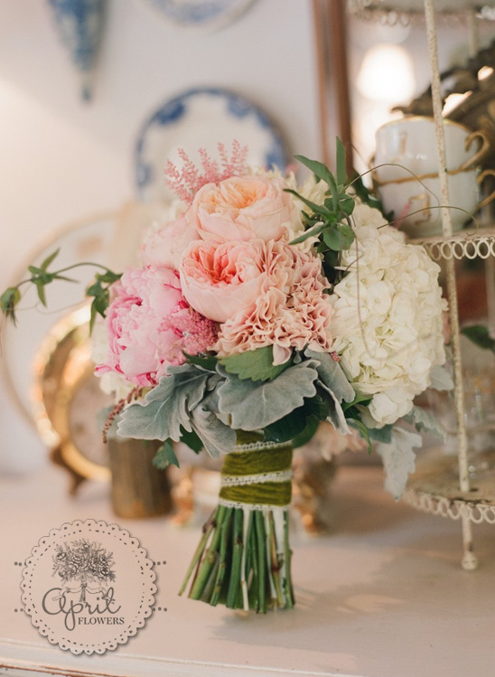 Wedding Bouquets In April : Central california wedding florist april flowers