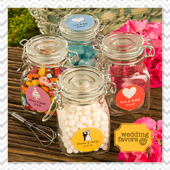 unique and personalized wedding favors