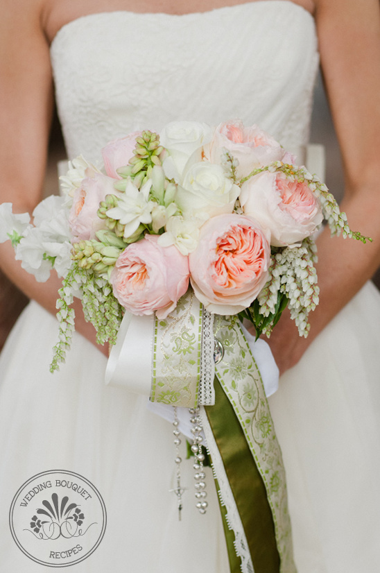 light pink garden rose bouquet