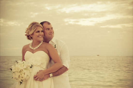 Beach wedding at dreams palm beach punta cana dominican for Wedding dresses palm beach