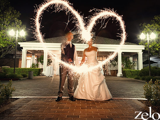 zelo-photography-bride-and-groom-sparklers-heart