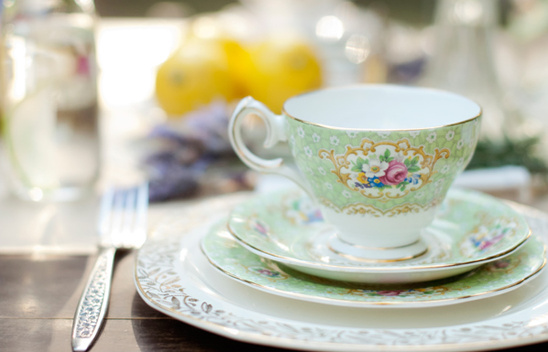 Outdoor Vintage Tea Party Ideas