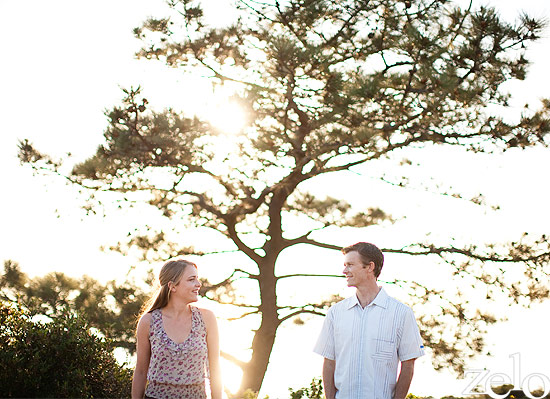 natural-engagement-session-in-the-woods