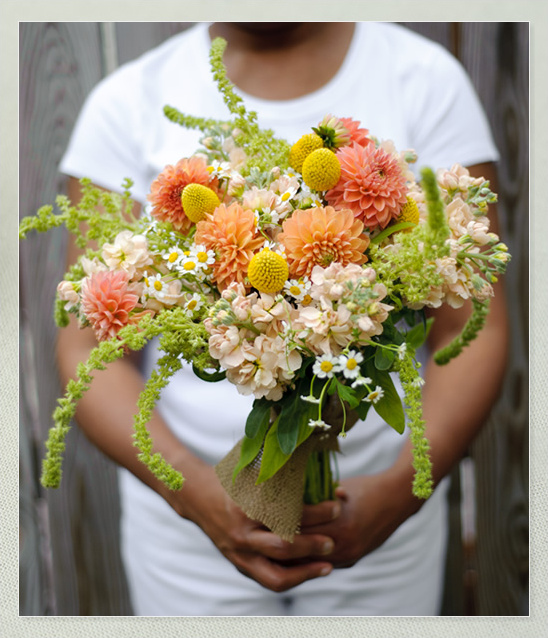 Loose and Lovely Wedding Bouquets