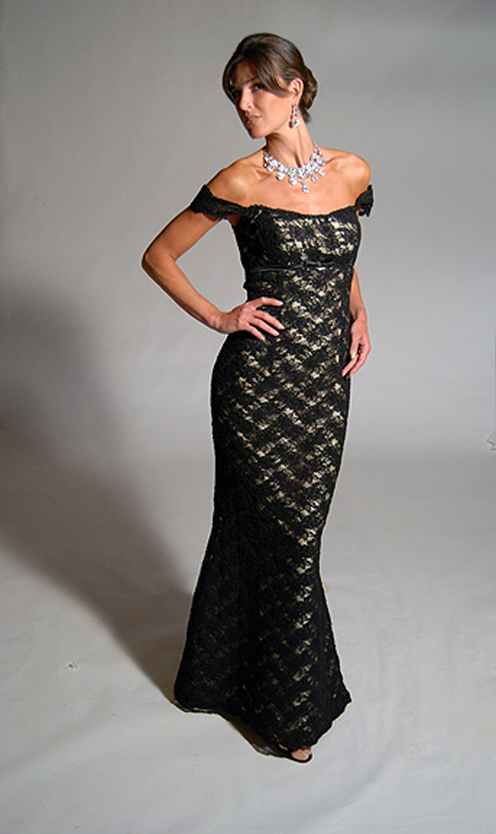 Black Lace Evening Gown - Eugenia Couture