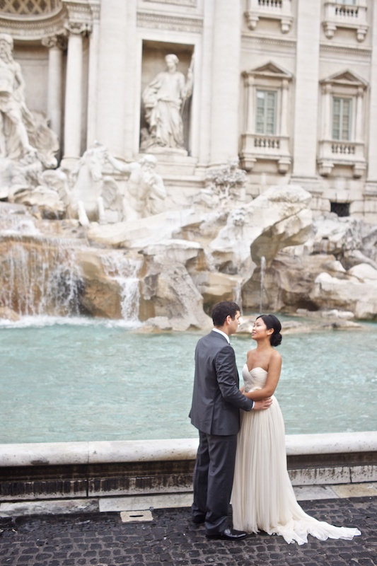 Italy Destination Wedding: Newly Wed Rome Photo Session
