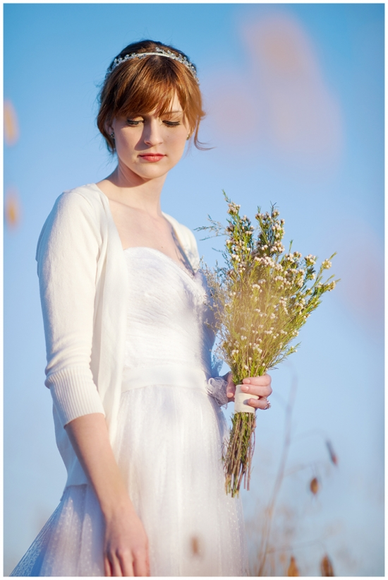 Oh so lovely vintage wedding at 809 vickery fort worth for Vintage wedding dresses fort worth