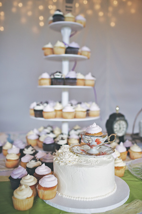 tea cup used as cake topper