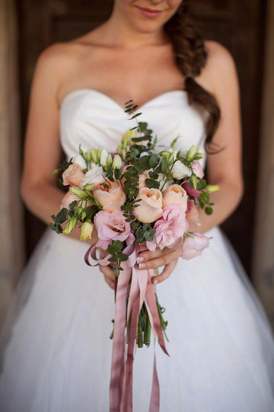 peach and pink romantic bouquet