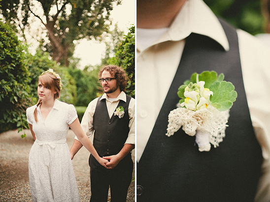 casual groom looks with handmade boutonniere