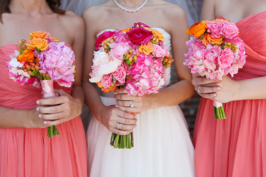 pink and peach wedding bouquets