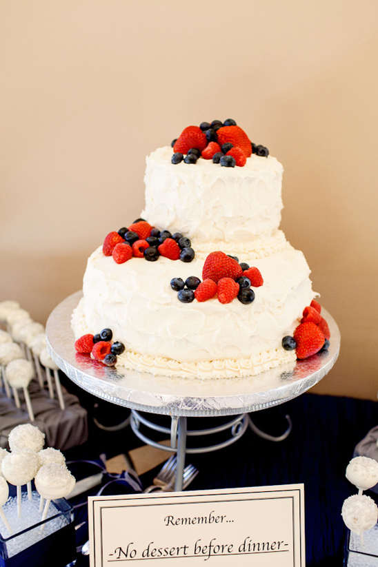 Strawberry And Blueberry Cake From Bianchis Bake Shop Volatile Photography Wedding Dancing