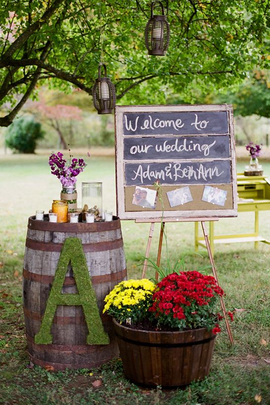 welcome wedding station