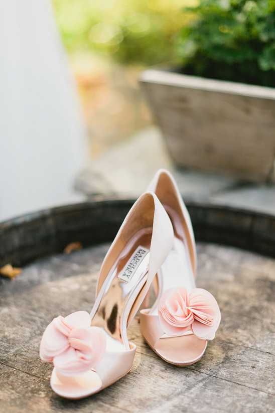 pink shoes by Badgley Mischka