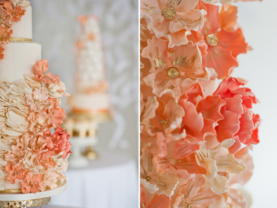 peach and coral sugar flowers by City View Bakehouse