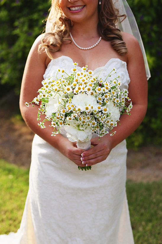 daisy bridal bouquet by Lanfranco & Co
