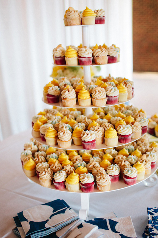 wedding cupcakes by Chattanooga Cupcakes