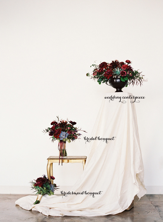 red wedding floral arrangements