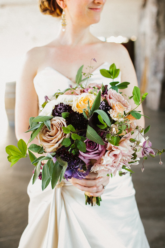 317709d97bbf Rustic Chic Seattle Wedding