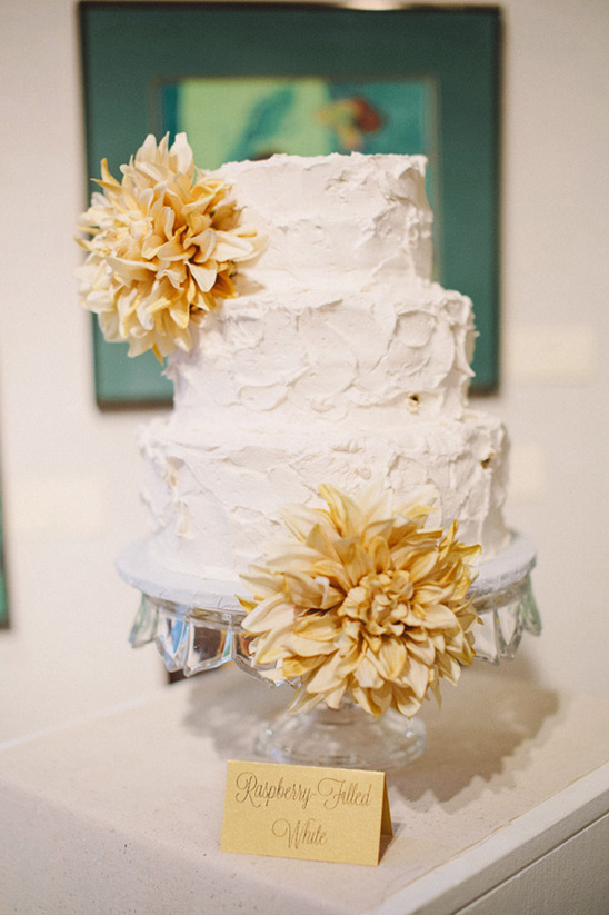 white buttercream wedding cake by Maria's Cake Decorating