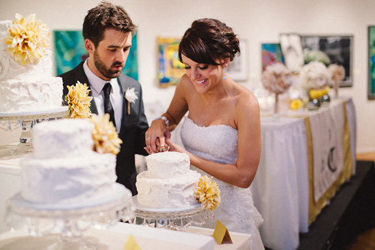multiple wedding cakes with different fillings from Maria's Cake Decorating