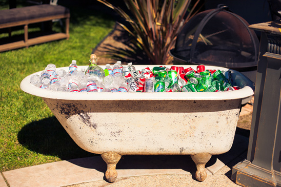 vintage tub keeping drinks cold