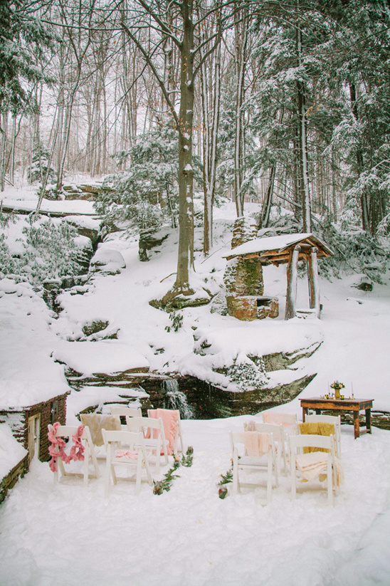 winter wedding ceremony at Seven Springs Mountain Resort