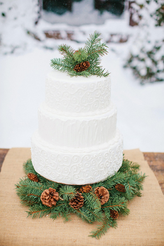 wintery white wedding cake