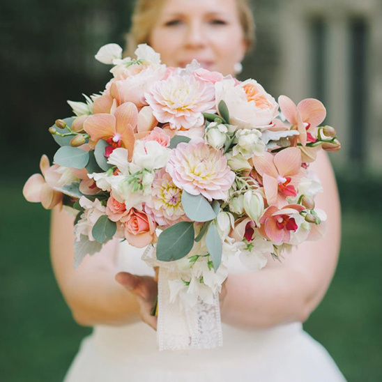 pastel wedding bouquet by Stemz