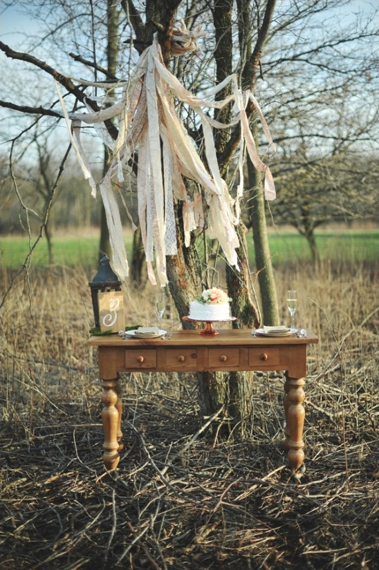 vintage boho chic table ideas from The Wedding Belle Events