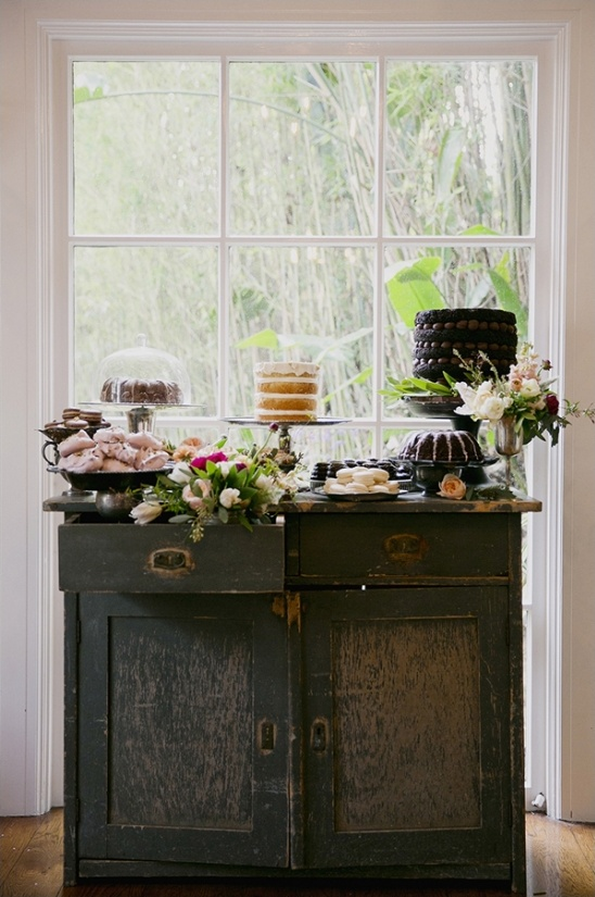 vintage cake table ideas from Found Vintage Rentals