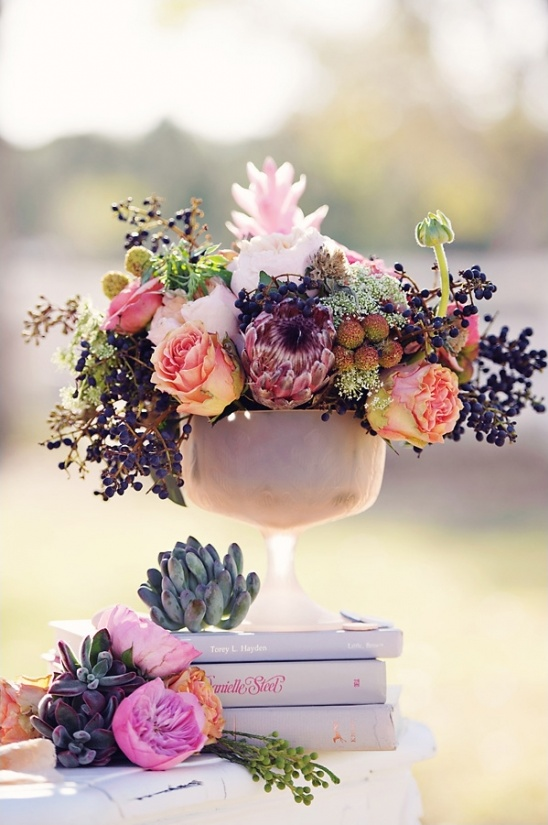 vintage wedding floral ideas