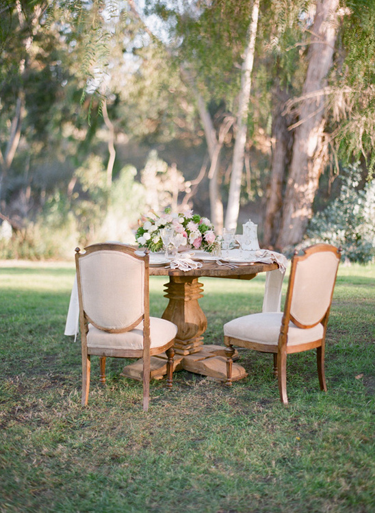 vintage furniture and decor from Archive Rentals