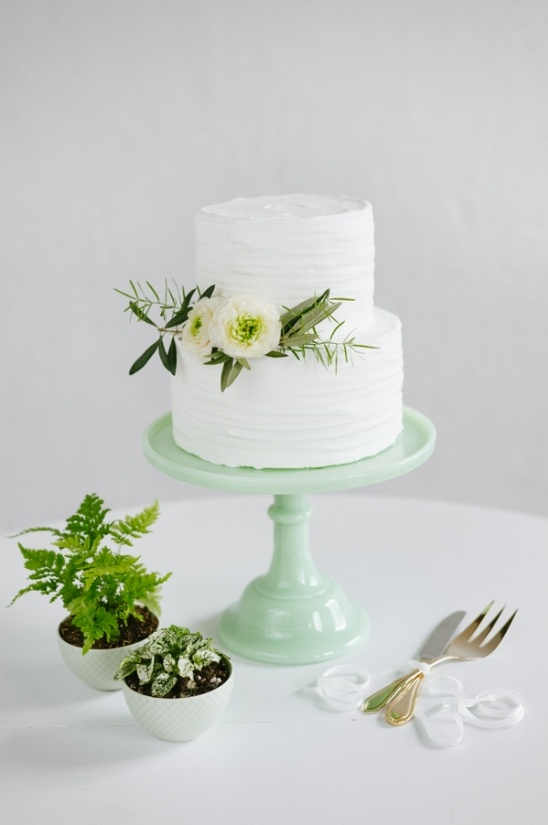 simple white wedding cake by Cocoa & Fig